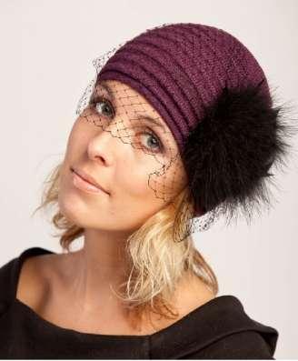 Трикотажная женская шапка с вуалью модель 385 фирмы SHERONA