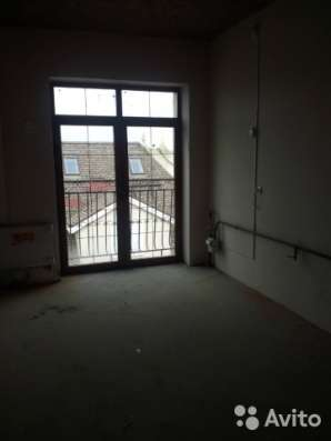 Продам балконную дверь (французское окно) 176х248
