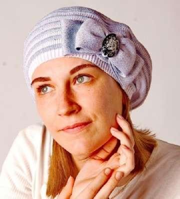 Женская трикотажная шапка модель 419