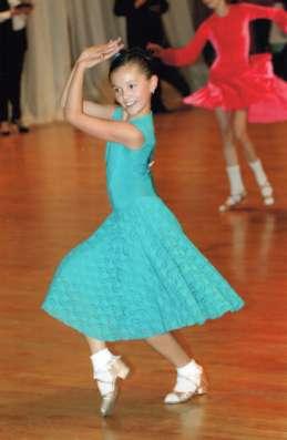 """""""Платье для танцев. Рейтинговое платье"""""""