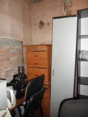 Офисная мебель в хорошем состоянии
