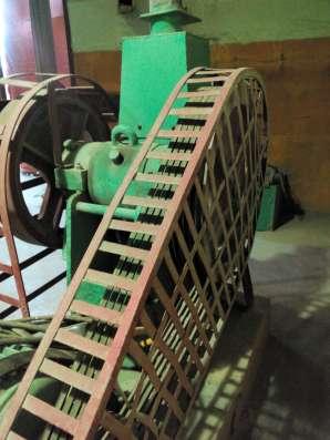 Дробилка щековая полупромышленная 180*250
