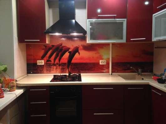 Фартук для кухни из стекла с фотопечатью в Перми Фото 1