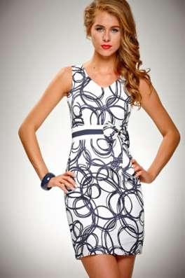 Недорогая, стильная одежда для женщин