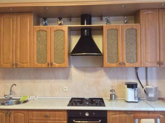 Кухня со встроенной техникой в Екатеринбурге Фото 4