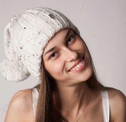 Женская трикотажная шапка модель 386 фирмы SHERONA