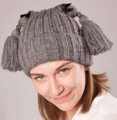 """Женская трикотажная шапка модель 422 """"Алёнка"""""""