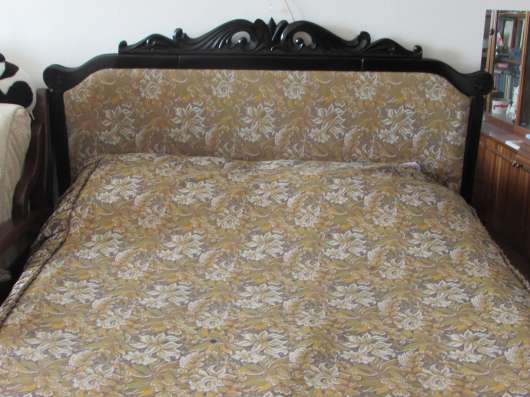 Продам кровать-шкаф с комбинированной спинкой:резное дерево и обивка материалом в Первоуральске Фото 5
