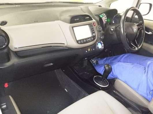 Продажа авто, Honda, Fit, Автомат с пробегом 76000 км, в Екатеринбурге Фото 4