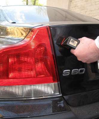 Проверка толщины лакокрасочного покрытия авто