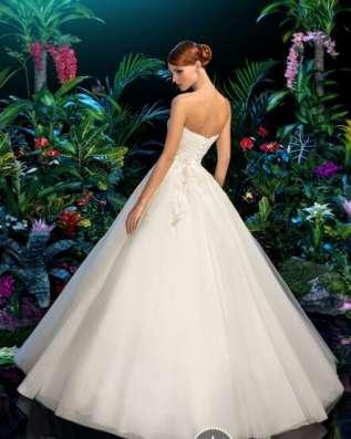 Свадебное Платье из сетки с вышивкой