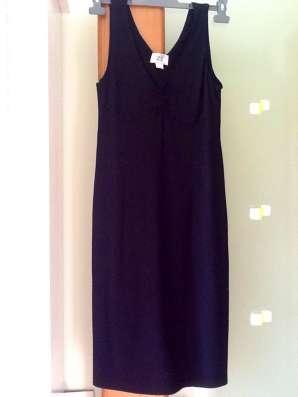 Коктейльное,трикотажное платье(размер М)