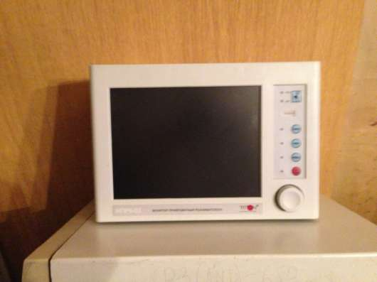 Монитор прикроватный 5-канальный переносной МПР6-03