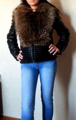 Зимняя кожаная куртка с чернобуркой