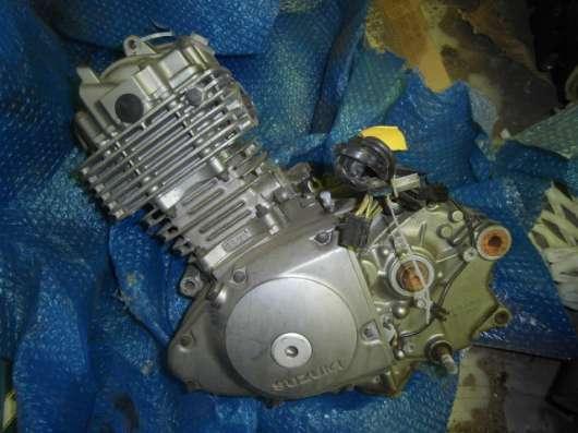 Двигатель Suzuki djebel 200