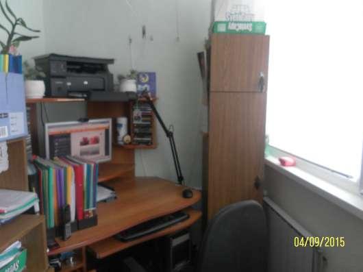 Продаю стол компьютерный, б/у отличного качества в Пензе Фото 1