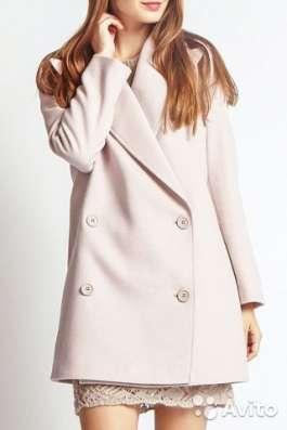 Продаю новое демисезонное пальто