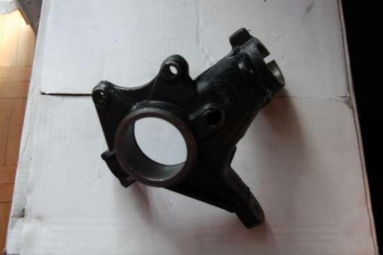 Кулак поворотный Пежо 206