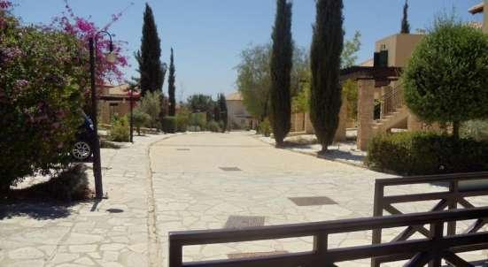 Двухкомнатный Апартамент в элитном гольф-курорте на Кипре Фото 3