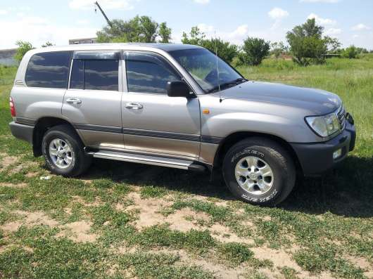 Toyota Land Cruiser 100GX 4,2 дизель комплектация К2