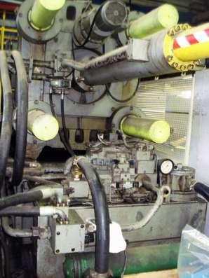Термопластавтомат Autom(Италия), 750 тонн, б/у