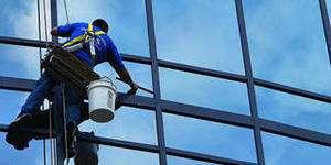 Мойка, чистка фасадов зданий и сооружений во Владивостоке