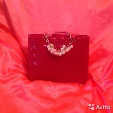 Нарядная оригинальная женская сумочка