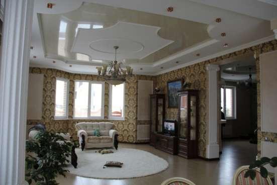 Красивый современный жилой 2х этажный коттедж в 40МКР, Карп