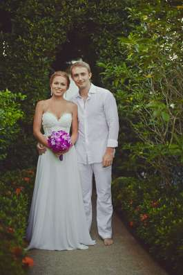 Платье свадебное Anna Bogdan р-р 42