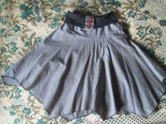 Одежда разная на 10-14 лет.