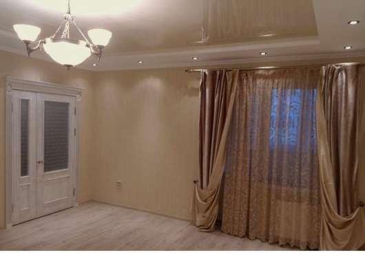 В Кропоткине в МКР-1 3-комнатная квартира 60 кв.м. 4\9 с