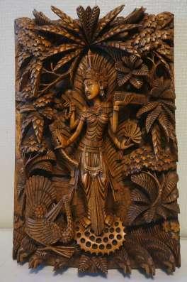 Художественная ручная резьба по дереву из Бали