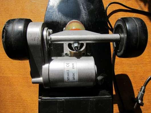 Скейт электрический (электроскейт).