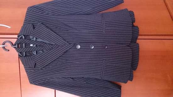 Школьный костюм с юбкой 42р. в г. Долгопрудный Фото 2