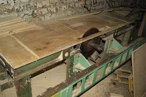 Станки деревообрабатывающие,лебедку электрическую