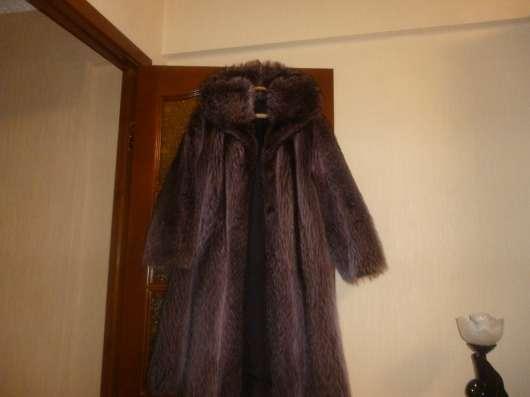 продается шуба из меха енот срочно в Омске Фото 1