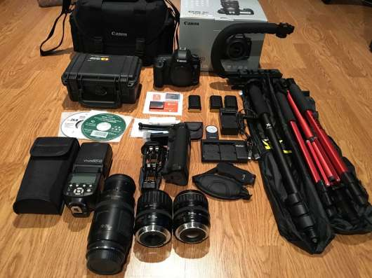 Canon EOS 5D Mark III 22,3 МП Цифровая зеркальная камера