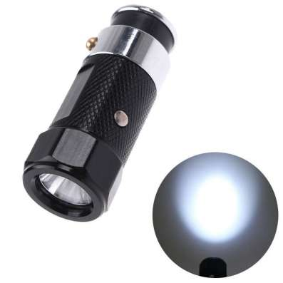 Миниатюрный фонарик в гнездо прикуривателя