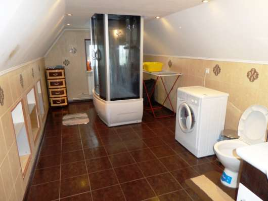 Сдам 2 - комн. полностью благоустроенную квартиру 80 кв. м.,