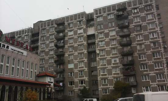 2-х комнатную квартиру на Горького 162 продам