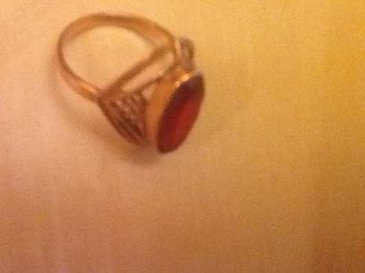 Продаю кольцо  новое с большим рубином производство СССР.
