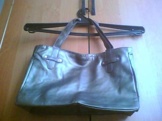 Продаю новую женскую сумку