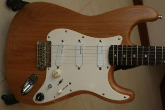 Stratocaster с сетом Lace Sensor