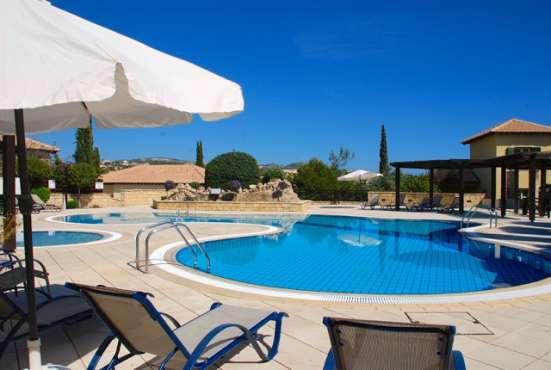 Двухкомнатный Апартамент в элитном гольф-курорте на Кипре Фото 4