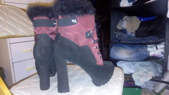 продам ботинки на высоком каблуке