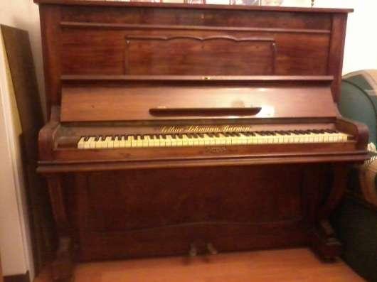 Старинное пианино из ореха и корня ореха.Слоновая кость. в Москве Фото 2