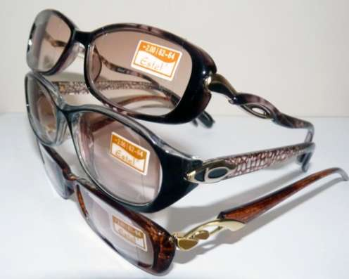 Продам очки (+ и -)