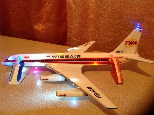 Модель самолёта Convair-880 Раритет