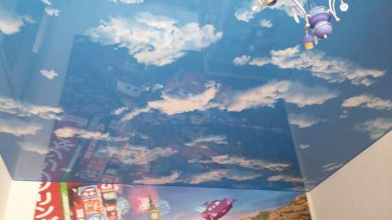 Бесшовный Натяжной потолок Фактура Небо с облаками ГЛЯНЕЦ в Екатеринбурге Фото 1