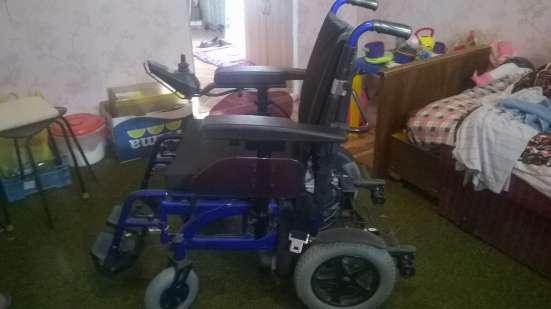 коляска инвалидная с электроприводом